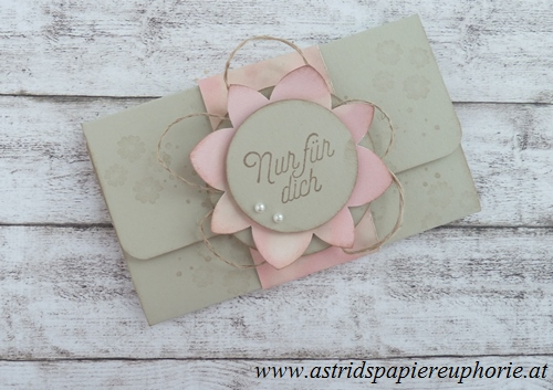 stampin_up_giftcard_holder_fuer_immer_Bluetenmadaillon_1_201703